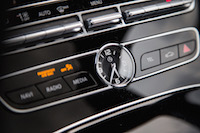 2017 Mercedes-Benz E300 4MATIC analog clock