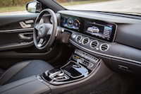 2017 Mercedes-Benz E300 4MATIC dashboard widescreen display