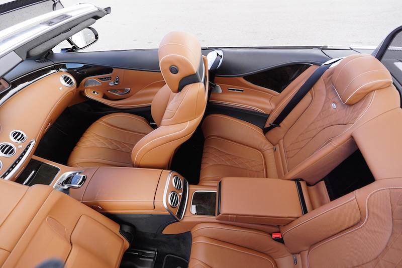 2017 Mercedes-Benz S 550 Cabriolet leather seats