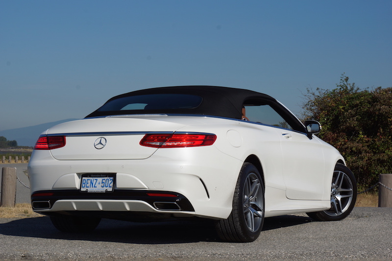 2017 Mercedes-Benz S 550 Cabriolet black fabric roof up