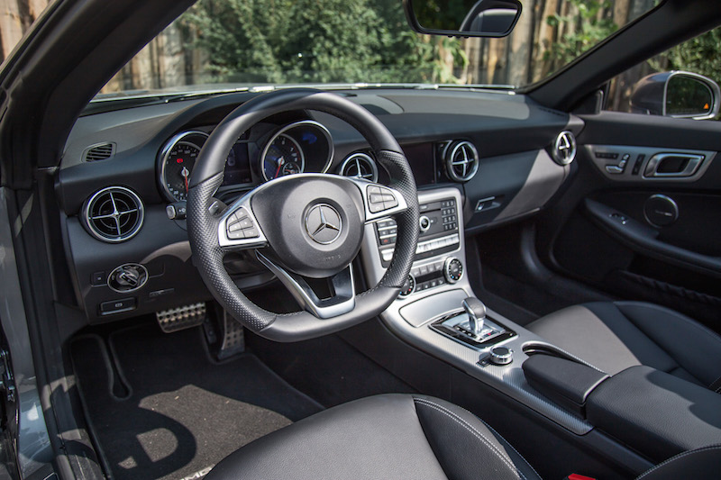 2017 Mercedes-Benz SLC 300 interior