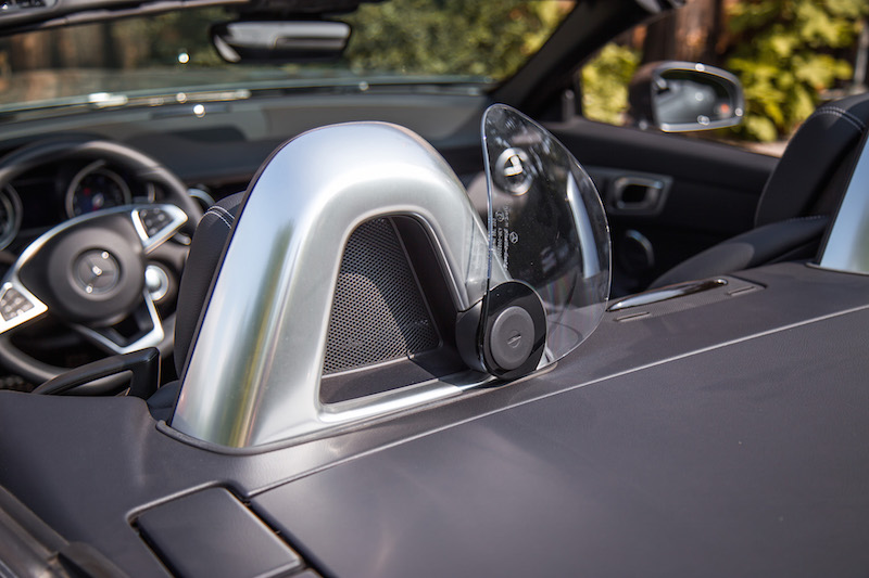 2017 Mercedes-Benz SLC 300 wind deflector
