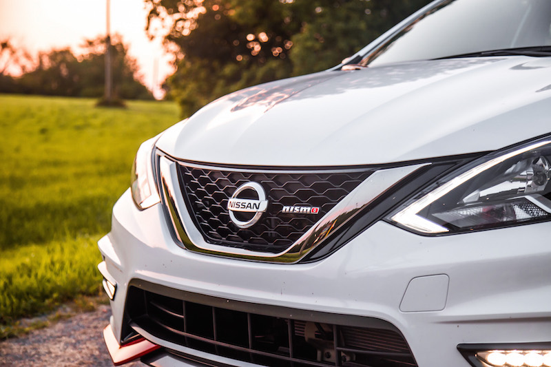 2017 Nissan Sentra Nismo front grill