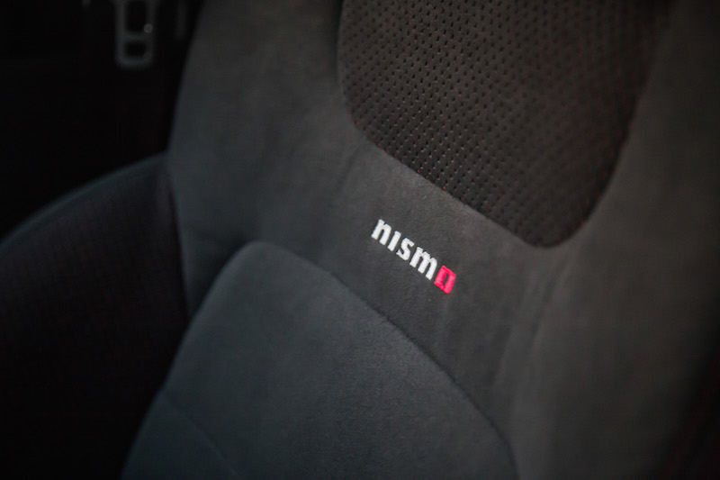 2017 Nissan Sentra Nismo front seat material