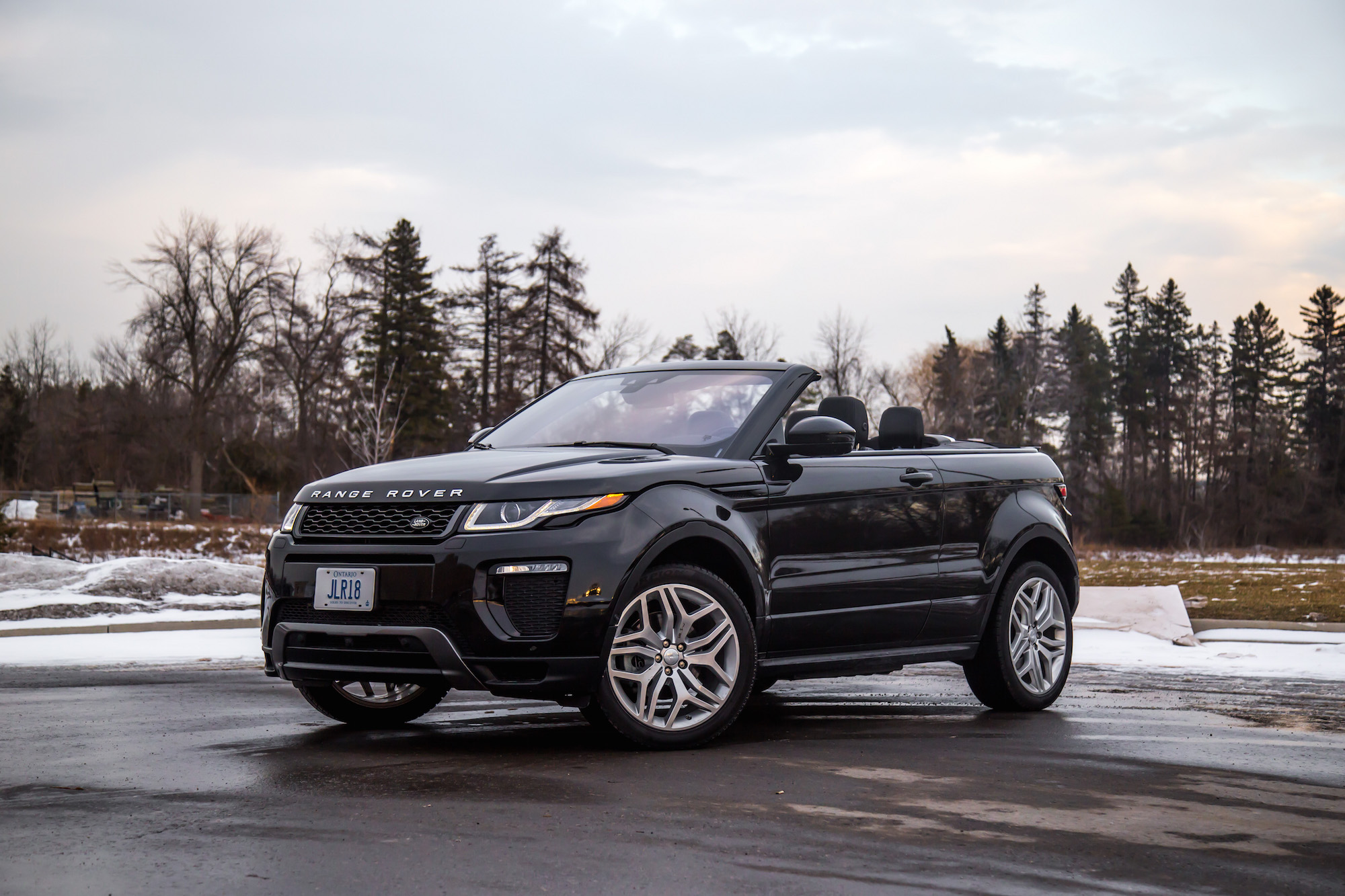 review 2017 range rover evoque convertible canadian. Black Bedroom Furniture Sets. Home Design Ideas