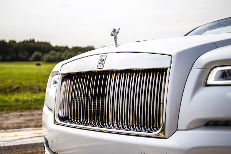 2017 Rolls-Royce Dawn parthenon grill