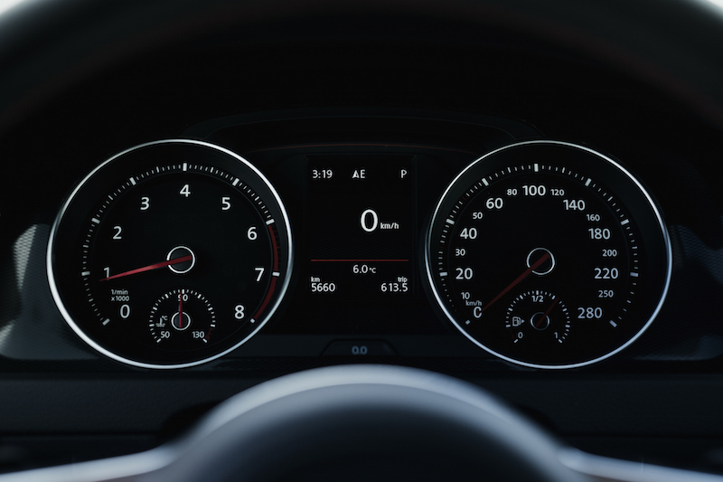 2017 VW Golf GTI tach speedo gauges
