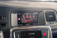 2017 Volvo V60 Polestar infotainment screen display
