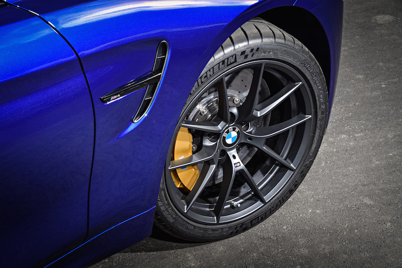 2018 BMW M4 CS michelin sport cup 2 tires