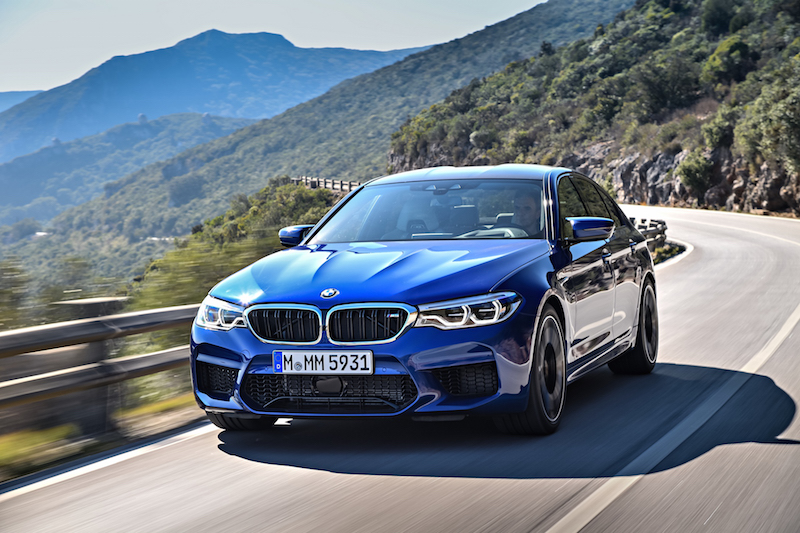 2018 BMW M5 F90 marina bay blue