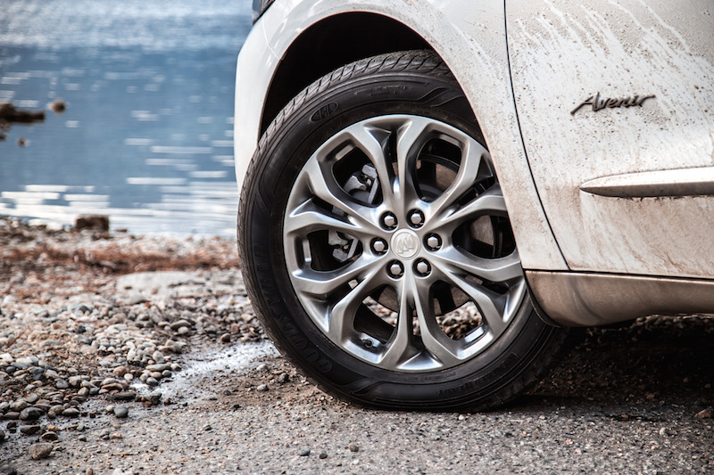 2018 Buick Enclave Avenir unique 20-inch wheels
