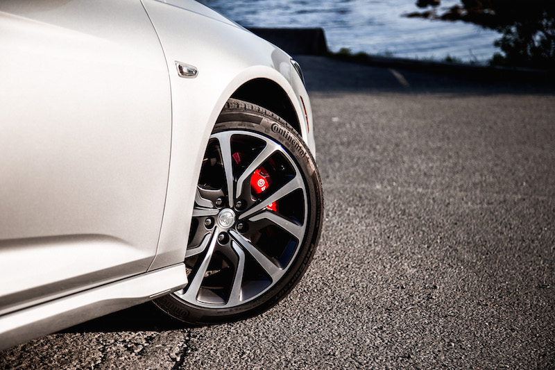 2018 Buick Regal GS brembo brakes