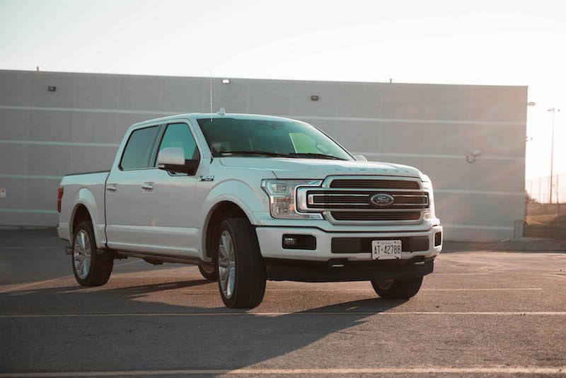 2018 Ford F-150 Limited front quarter view