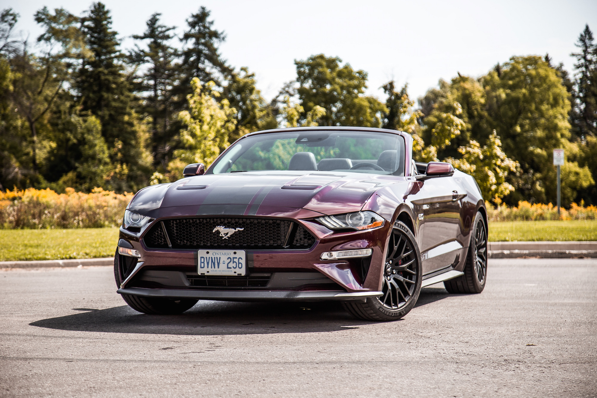 review 2018 ford mustang gt convertible car. Black Bedroom Furniture Sets. Home Design Ideas