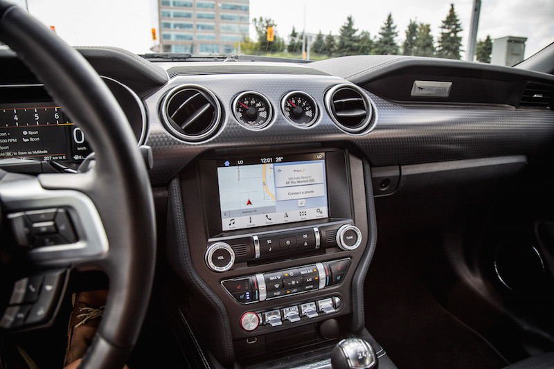 2018 Ford Mustang GT Convertible sync3 display