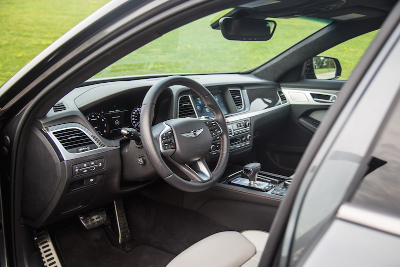 2018 Genesis G80 Sport interior black white