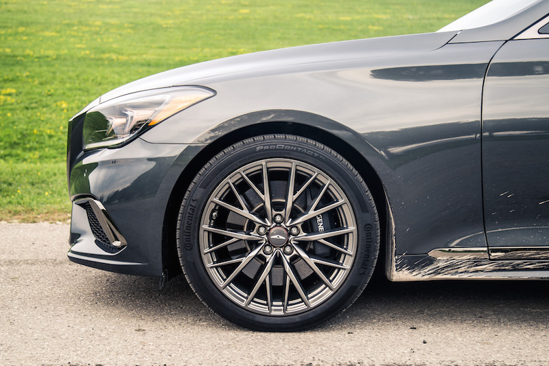 2018 Genesis G80 Sport wheels tires