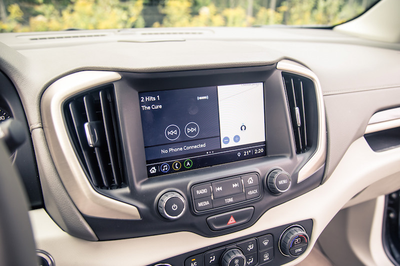 2018 GMC Terrain new infotainment screen