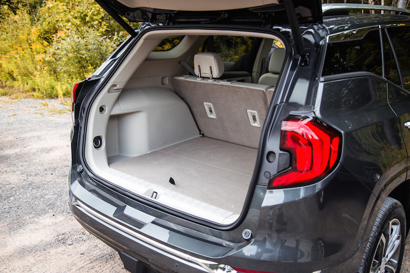 2018 GMC Terrain trunk space cargo room