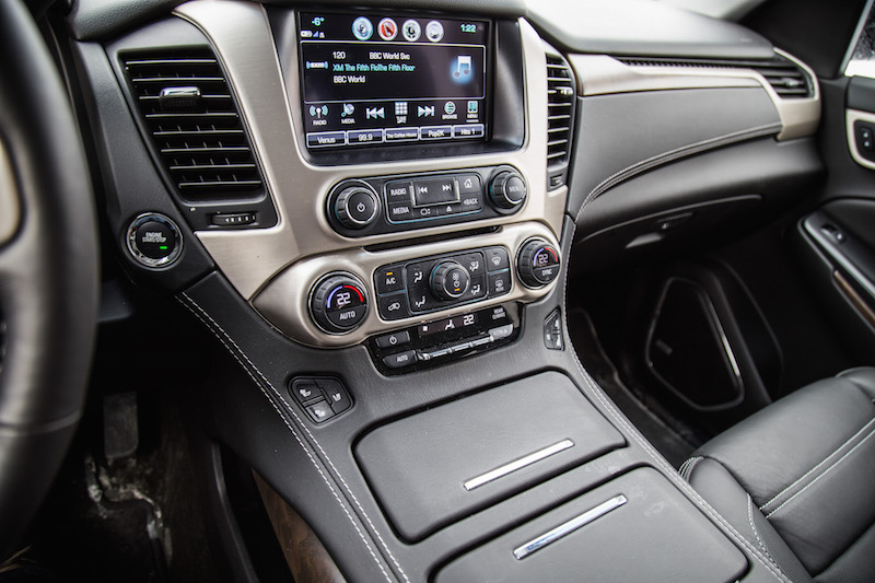 2018 GMC Yukon XL Denali center console