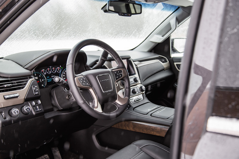 2018 GMC Yukon XL Denali interior new ash trim