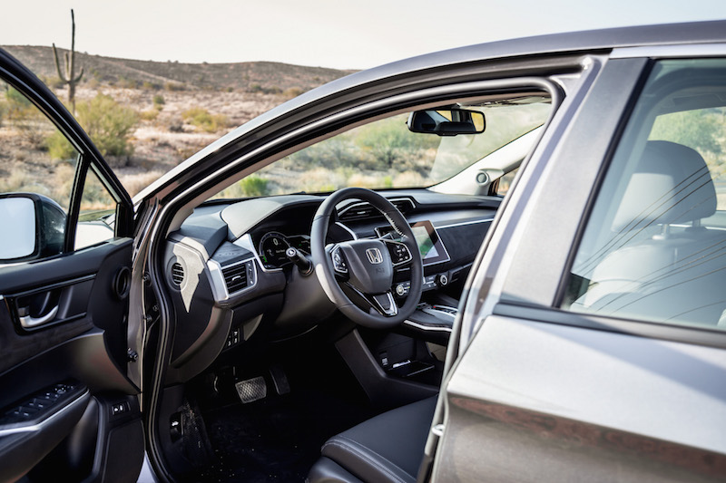 2018 Honda Clarity PHEV steering wheel