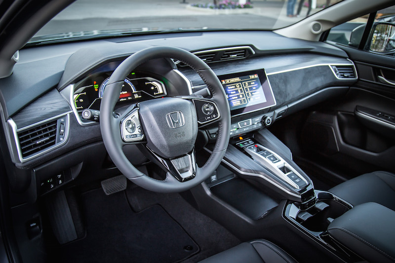 2018 Honda Clarity PHEV interior