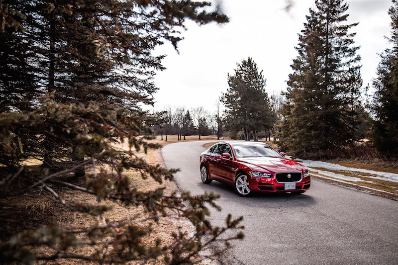 2018 Jaguar XE 20d red paint