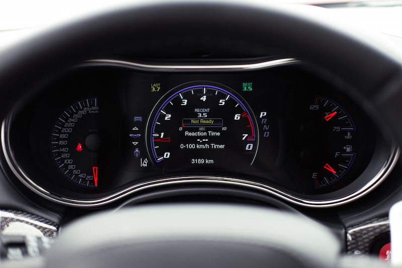 Jeep Cherokee Trackhawk gauges