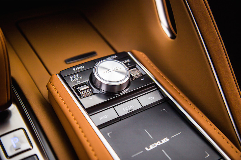 2018 Lexus LC 500 audio controls