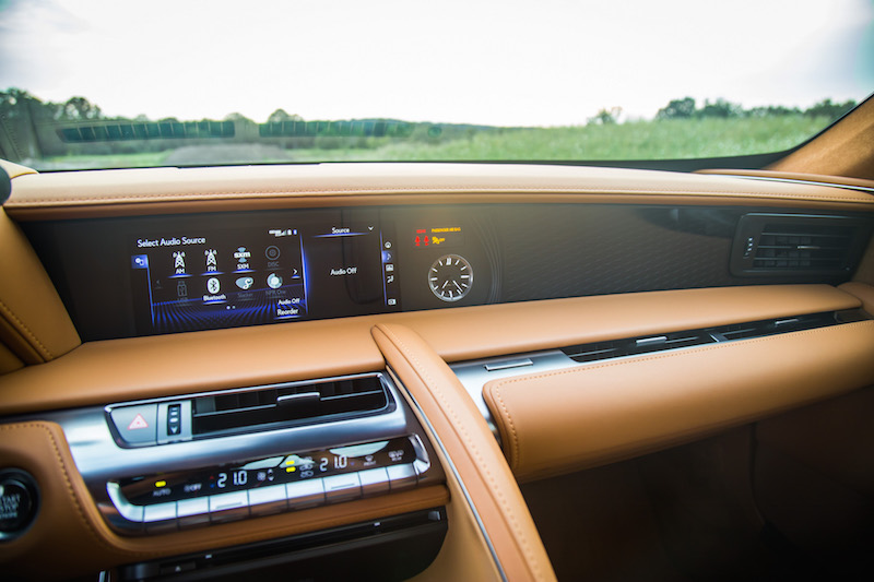 2018 Lexus LC 500 dashboard design infotainment