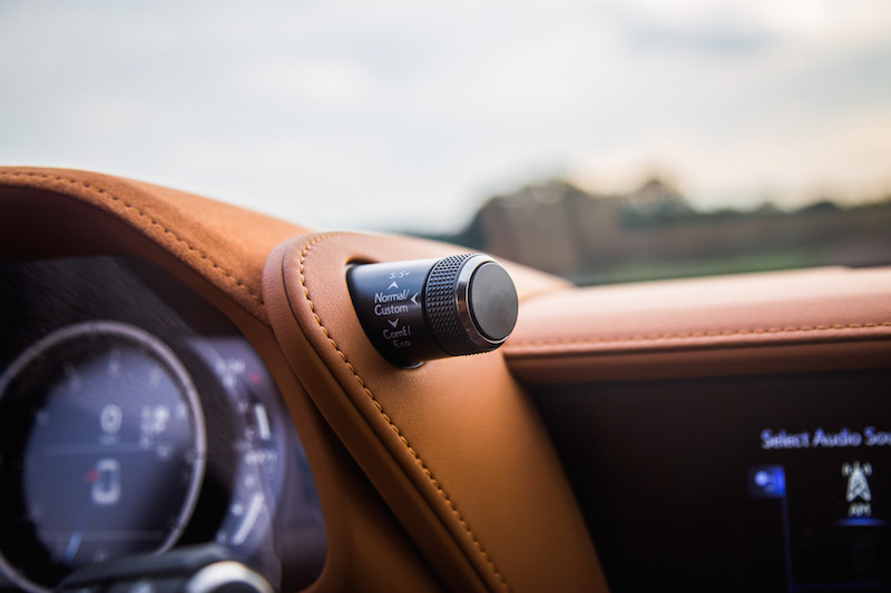 2018 Lexus LC 500 driving mode switch