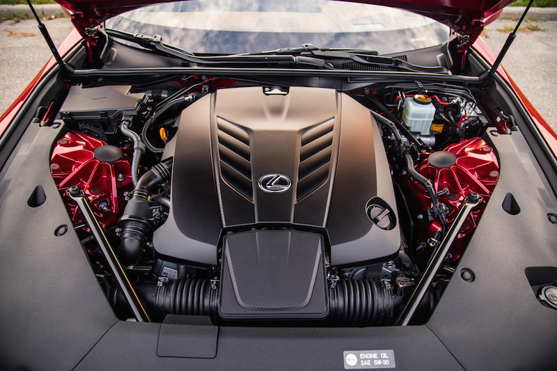 2018 Lexus LC 500 v8 engine bay