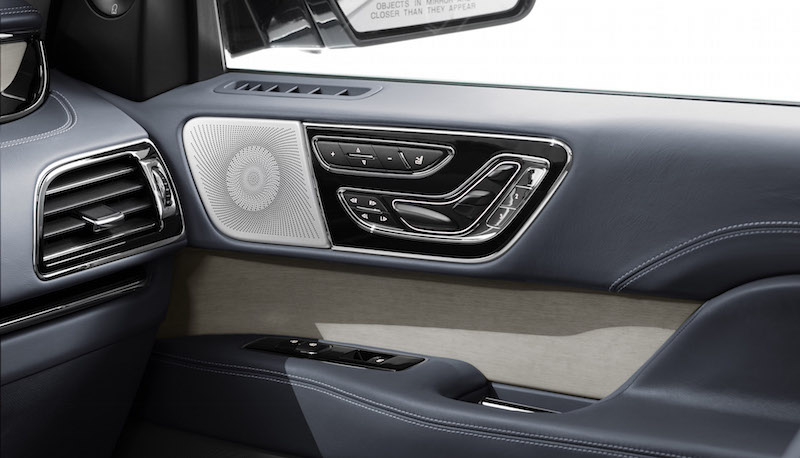 2018 Lincoln Navigator door panel seat control speakers
