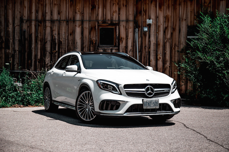 2018 Mercedes-AMG GLA45 front quarter view
