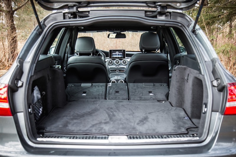 2018 Mercedes-Benz C 300 4MATIC Wagon trunk space with seats folded