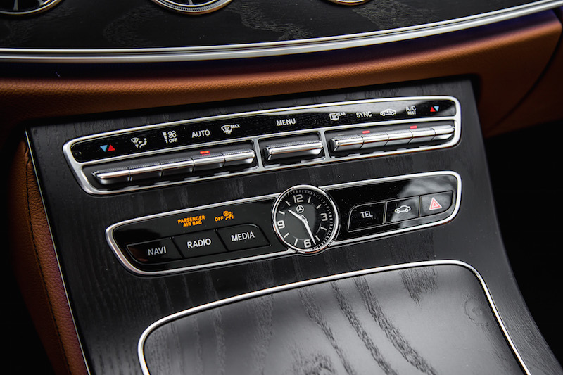 2018 Mercedes-Benz E-Class Coupe clock center console