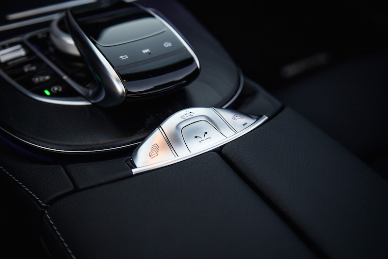 2018 Mercedes-Benz E400 Cabriolet roof operation buttons