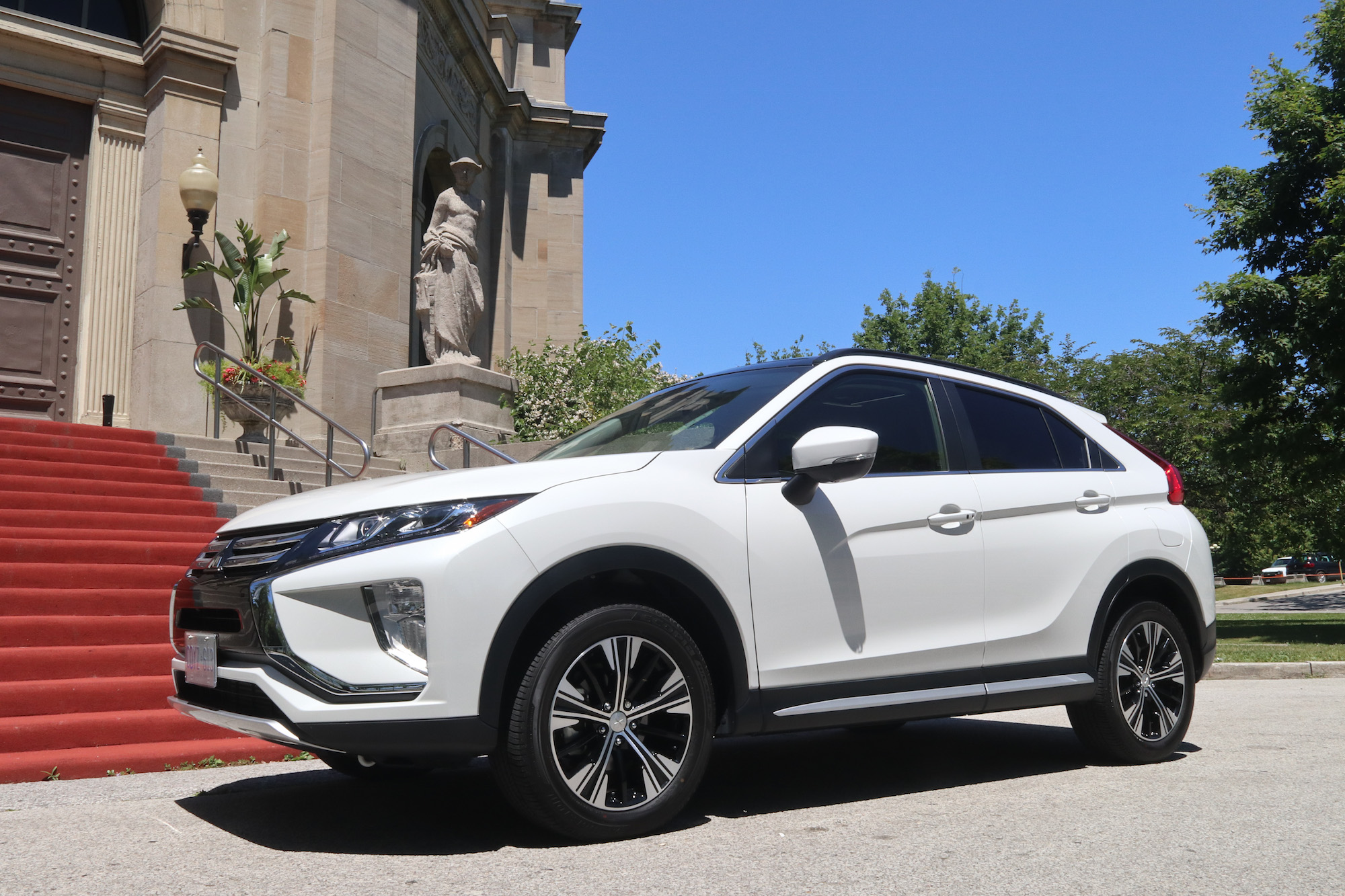 2018 mitsubishi eclipse cross white