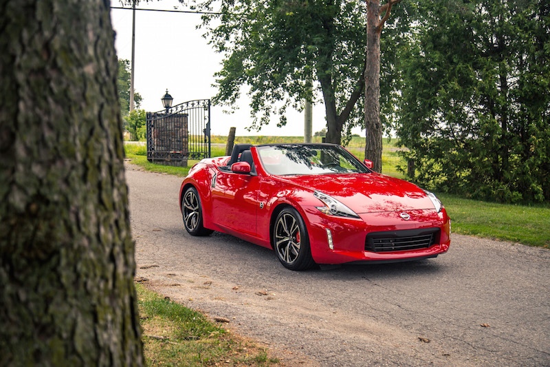 2018 Nissan 370Z Roadster Touring Sport red paint exterior colour