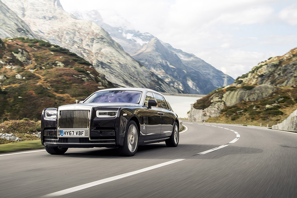 rolls royce phantom viii canada review