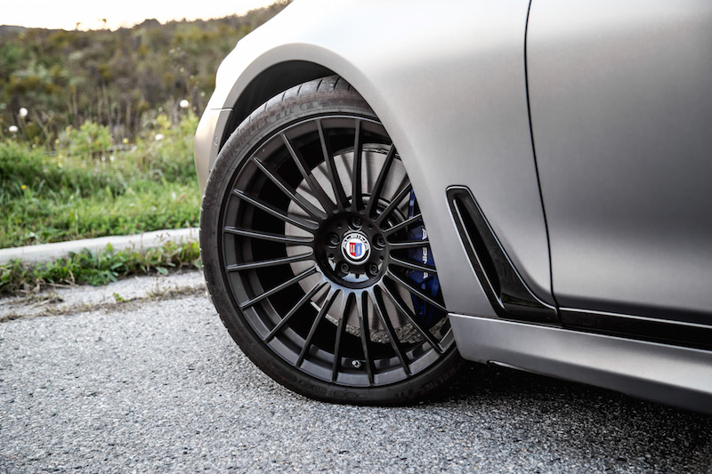 2019 BMW Alpina B7 tires michelin pilot super sport