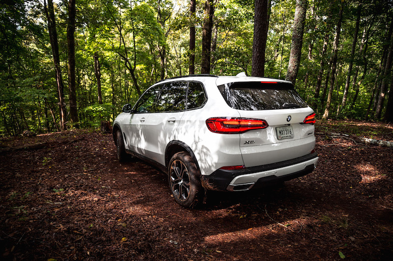 2019 BMW X5 white off-road