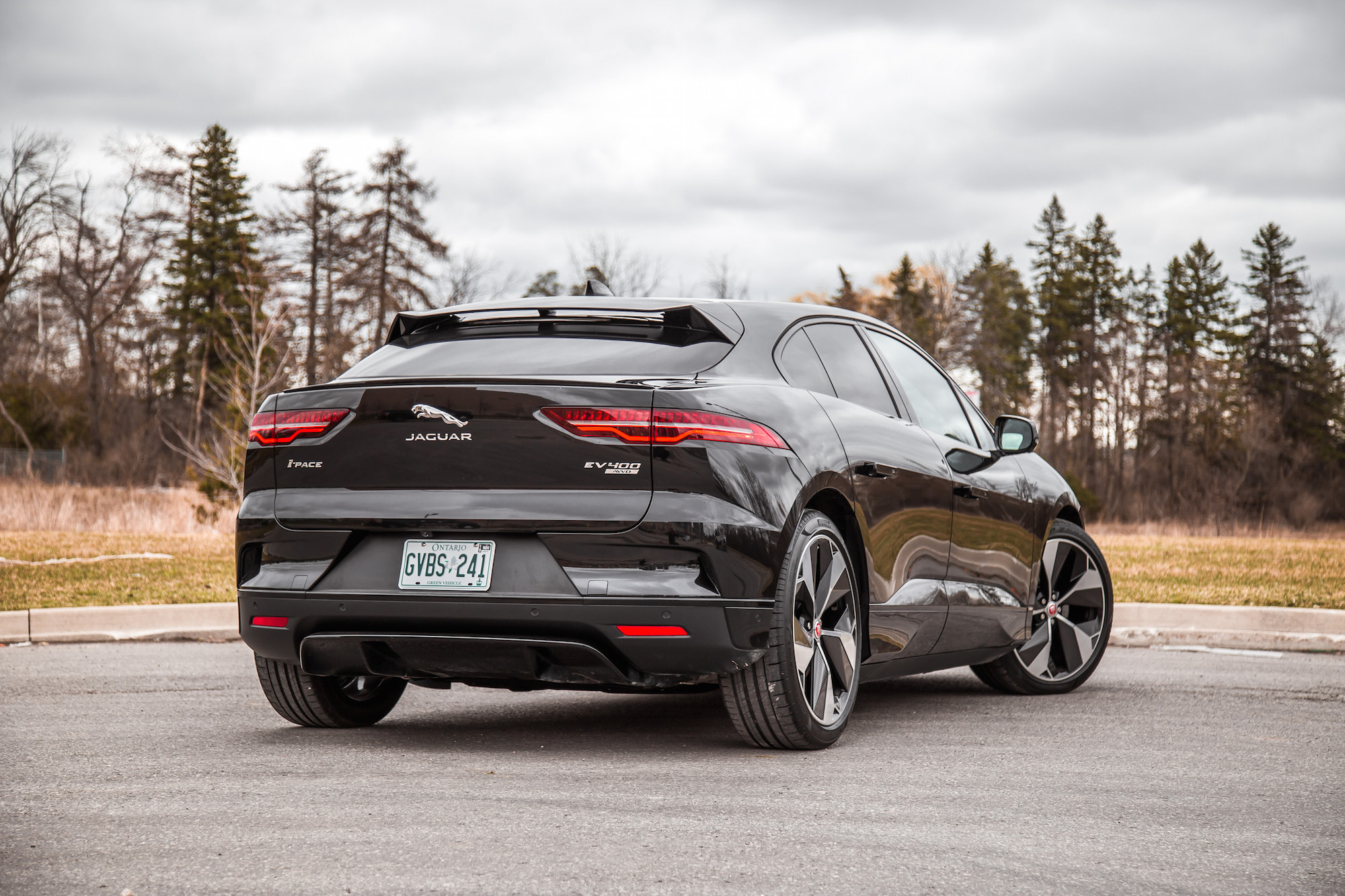 Awd Electric Car >> Review: 2019 Jaguar I-Pace EV 400 HSE | CAR