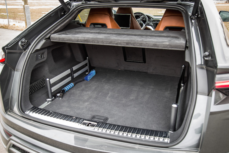 2019 Lamborghini Urus trunk space cargo room