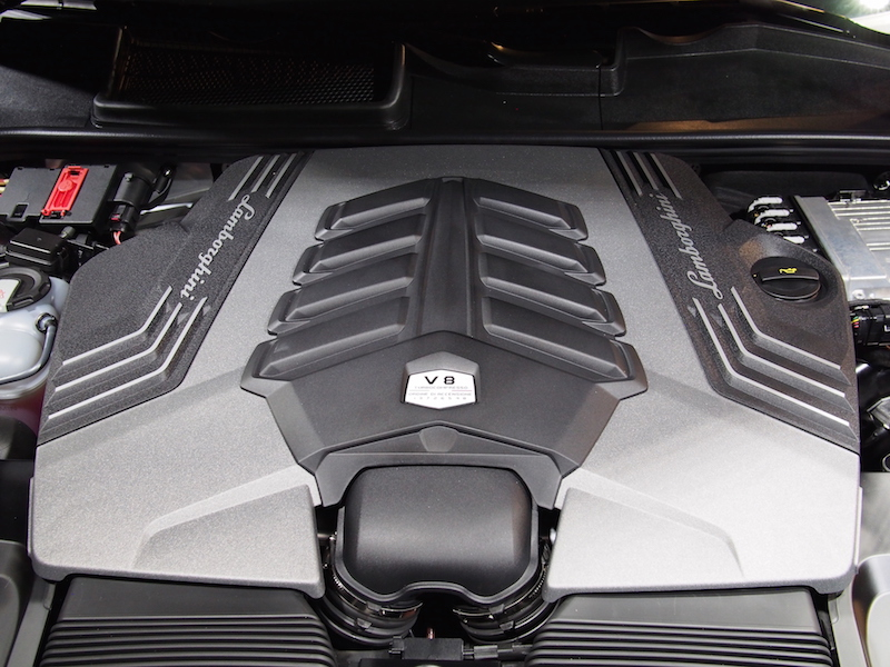 2019 Lamborghini Urus v8 engine from cayenne