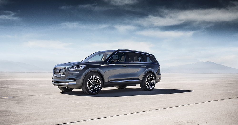 2019 Lincoln Aviator first look canada