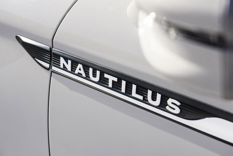 Lincoln Nautilus side fender badge