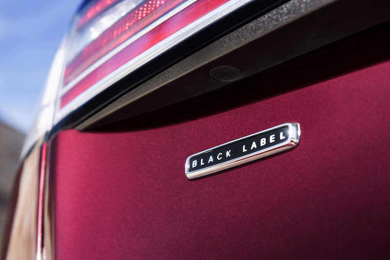 2019 Lincoln Nautilus black label trunk badge