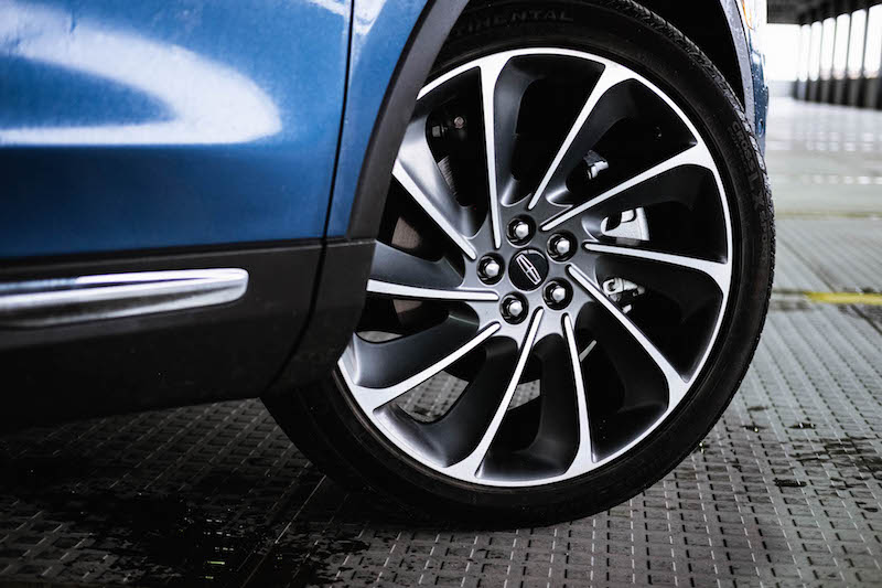 2019 Lincoln Nautilus reserve wheels tires